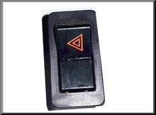 Alarm schakelaar met chroomrand (logo in rood, driehoek naar links).